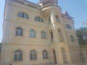 8 otaqlı ev / villa - Badamdar q. - 400 m²