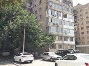 3 otaqlı köhnə tikili - Ayna Sultanova heykəli  - 72 m²