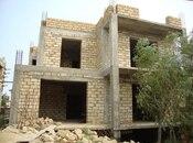 8 otaqlı ev / villa - Bakı - 450 m²