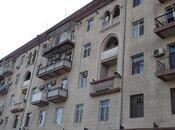 5 otaqlı köhnə tikili - Elmlər Akademiyası m. - 180 m²