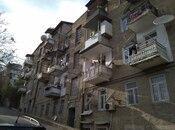 3 otaqlı köhnə tikili - Bayıl q. - 55 m²