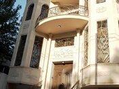 8 otaqlı ev / villa - Nərimanov r. - 700 m²