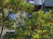 3 otaqlı köhnə tikili - Elmlər Akademiyası m. - 95 m²
