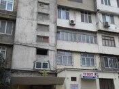3 otaqlı köhnə tikili - Azadlıq Prospekti m. - 47 m²