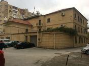 15 otaqlı ev / villa - Nəsimi r. - 1500 m²