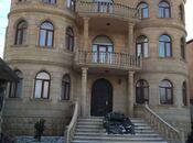 6 otaqlı ev / villa - Səbail r. - 600 m²