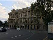 4-комн. новостройка - м. Ичери Шехер - 200 м²