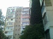 3 otaqlı köhnə tikili - İnşaatçılar m. - 70 m²