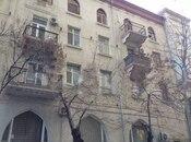 2 otaqlı köhnə tikili - 28 May m. - 50 m²