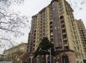 3-комн. новостройка - м. 28 мая - 146 м²