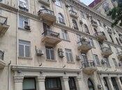 5 otaqlı köhnə tikili - 28 May m. - 190 m²