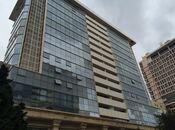 3-комн. новостройка - м. Сахиль - 130 м²