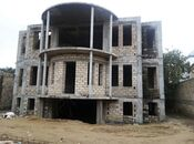 15 otaqlı ev / villa - Bakıxanov q. - 900 m²