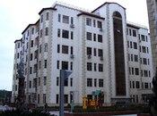 4-комн. новостройка - м. Ази Асланова - 180 м²