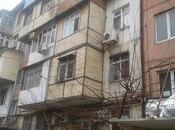 2 otaqlı köhnə tikili - 20 Yanvar m. - 45 m²
