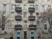 2 otaqlı köhnə tikili - 28 May m. - 64 m²