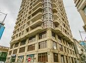 4-комн. новостройка - м. Сахиль - 250 м²