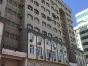 5 otaqlı köhnə tikili - Elmlər Akademiyası m. - 207 m²