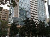 3-комн. новостройка - м. 28 мая - 98 м²