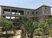 8 otaqlı ev / villa - Binəqədi r. - 600 m²