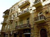 4 otaqlı köhnə tikili - Səbail r. - 213 m²