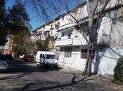 2 otaqlı köhnə tikili - Azadlıq Prospekti m. - 66 m²