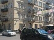 1-комн. вторичка - м. Сахиль - 38 м²