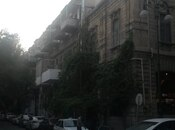 2-комн. вторичка - м. Сахиль - 65 м²