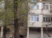 3 otaqlı köhnə tikili - Həzi Aslanov m. - 50 m²
