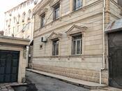 6 otaqlı ev / villa - Nəsimi m. - 300 m²