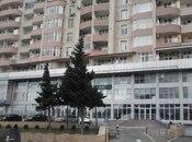 3-комн. новостройка - м. Эльмляр Академиясы - 154 м²