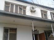 6 otaqlı ev / villa - Qaraçuxur q. - 290 m²