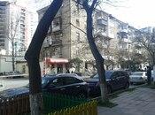 2-комн. вторичка - м. Эльмляр Академиясы - 52 м²