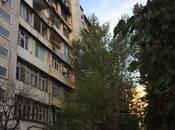 9 otaqlı köhnə tikili - Azadlıq Prospekti m. - 80 m²