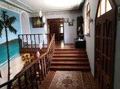 8 otaqlı ev / villa - Bakıxanov q. - 697 m² (19)