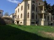 8 otaqlı ev / villa - Həzi Aslanov q. - 1700 m² (2)