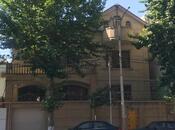 11 otaqlı ev / villa - Gənclik m. - 750 m² (2)
