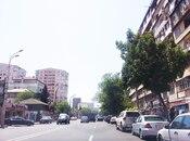 3 otaqlı köhnə tikili - 8-ci mikrorayon q. - 88 m² (4)